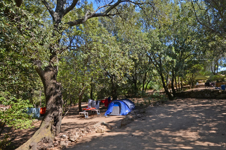 Vacances en camping porto vecchio pitrera village en for Camping avec piscine corse du sud